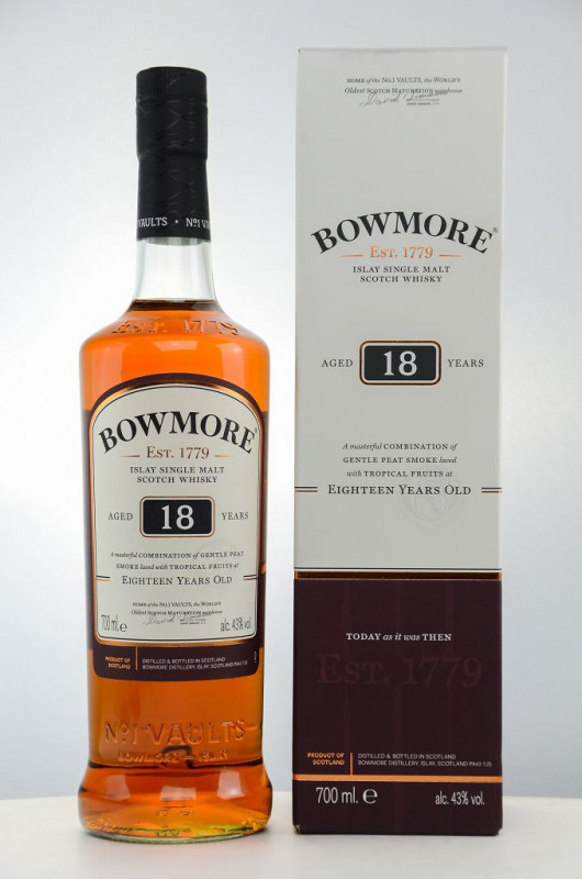 Bowmore 18 Jahre front