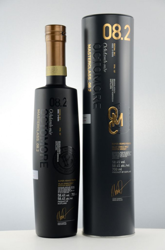 Octomore 8.2 Masterclass (8 Jahre) front
